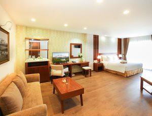 LADALAT-HOTEL-DELUXE-DOUBLE-4