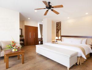 LADALAT-HOTEL-EXECUTIVE-SUITE-BROWN-7