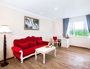 LADALAT HOTEL - EXECUTIVE SUITE RED (1)
