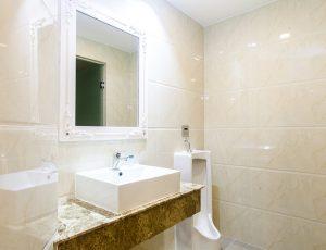 LADALAT HOTEL - PRESIDENT SUITE - RESTROOM (2)