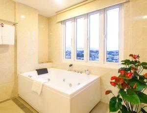 LADALAT HOTEL - PRESIDENT SUITE - RESTROOM (4)