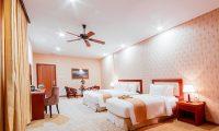 LADALAT-HOTEL-WINDOW-SUPERIOR-TRIPLE-1